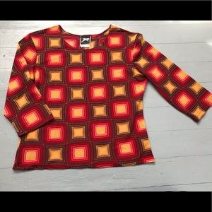 Funky 60's 70's print cropped sleeve top